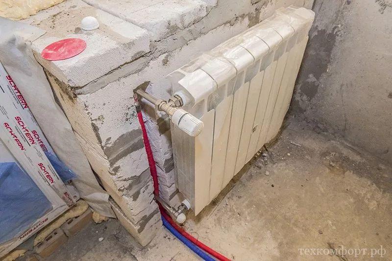 монтаж коллекторного отопления в новостройке-18