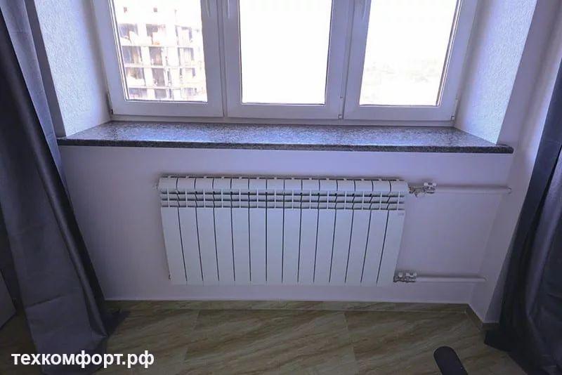 неаккуратно выполненный монтаж радиаторов 19
