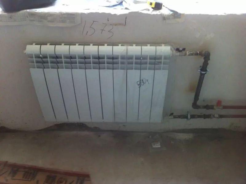 неаккуратно выполненный монтаж радиаторов 1